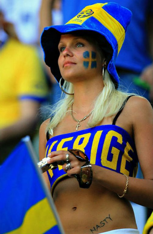 hot-soccer-fans-sweden