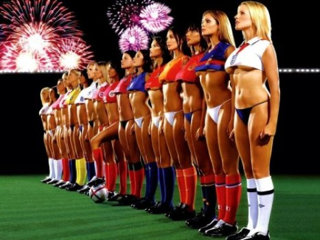 wallpaper-soccer-girl-vs-european-girls-900991761