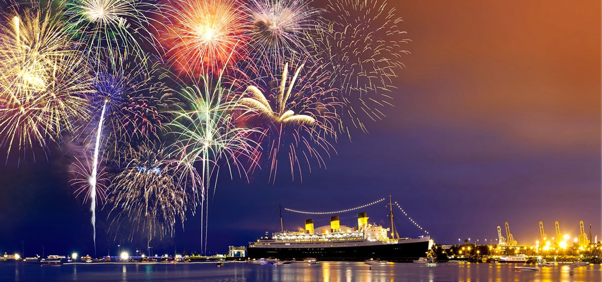 fireworks-dotkom-ship-freedom-old-mention