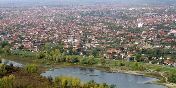 Novi Sad Novembar2003, god. Foto: B. Lucuc . Avionski Fotos