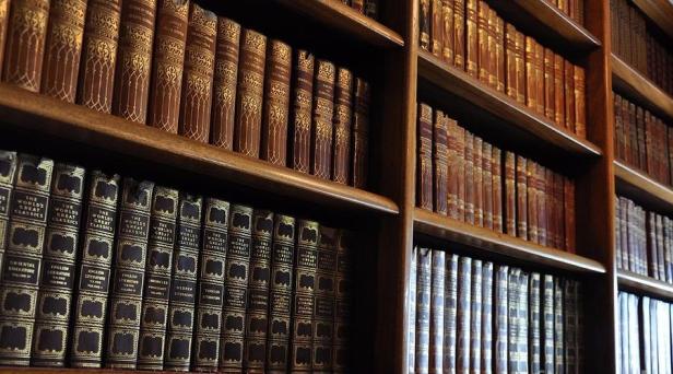 old-books--7-tatyana-searcy