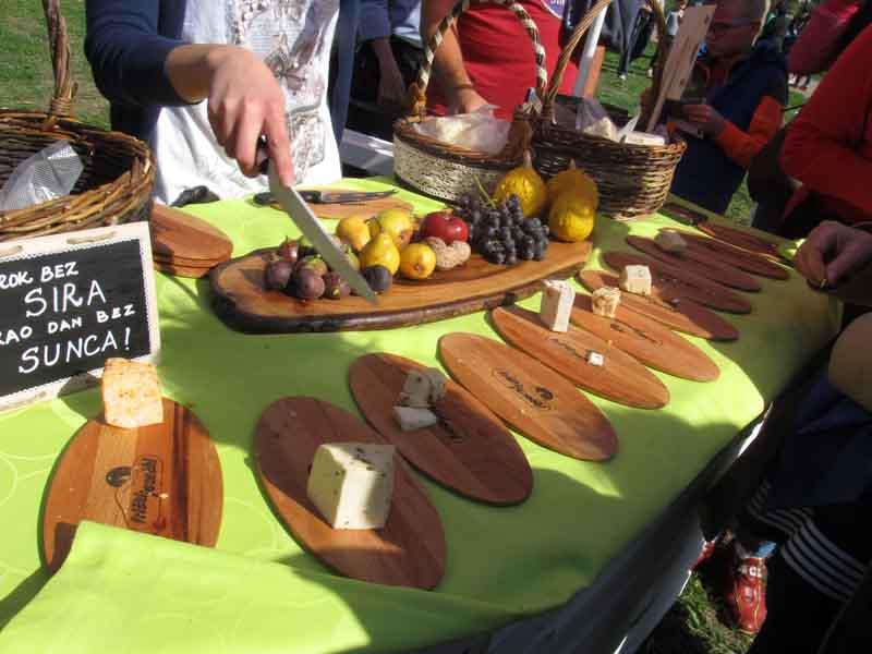 festival-gastronomije-novi-sad-2017-liman-park-dotkom (6)