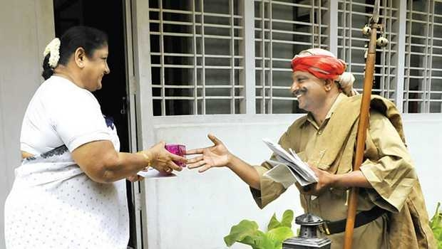 the chronicles of an old indian postman on Indian Postman Pictures