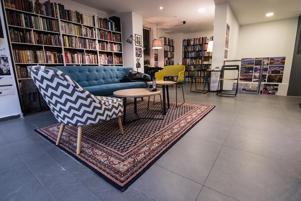 Prirodno-i-urbano-u-Bulevar-Books-2