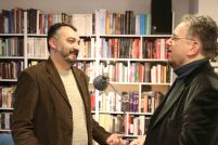Branislav-Janković-Poslednji-cirkus-na-svetu-dotkom-nepolitikin-zabavnin-novi-sad-promocija-boolevar-books (21)