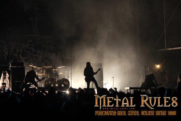 Metal Strike